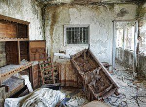 interior-en-ruinas-8749690b-ab96-4f18-9730-391333b34384