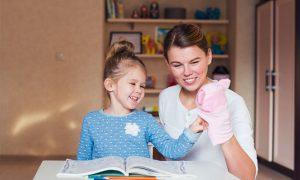 coronavirus y confinamiento en las casas de los niños y familias